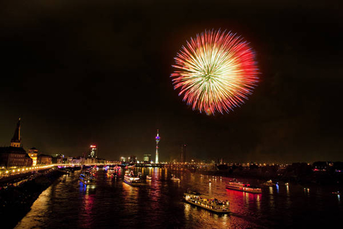 Feuerwerk beim Japan-Tag Düsseldorf (Foto: © Düsseldorf Tourismus GmbH)