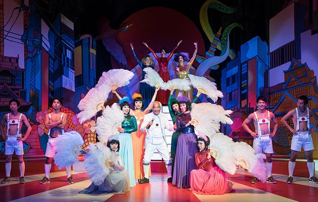 "Szene aus der Revue ""Sayonara Tokyo"" (Bild: ©Arnold Kuthe Entertainment GmbH c/o Wintergarten Varieté)"